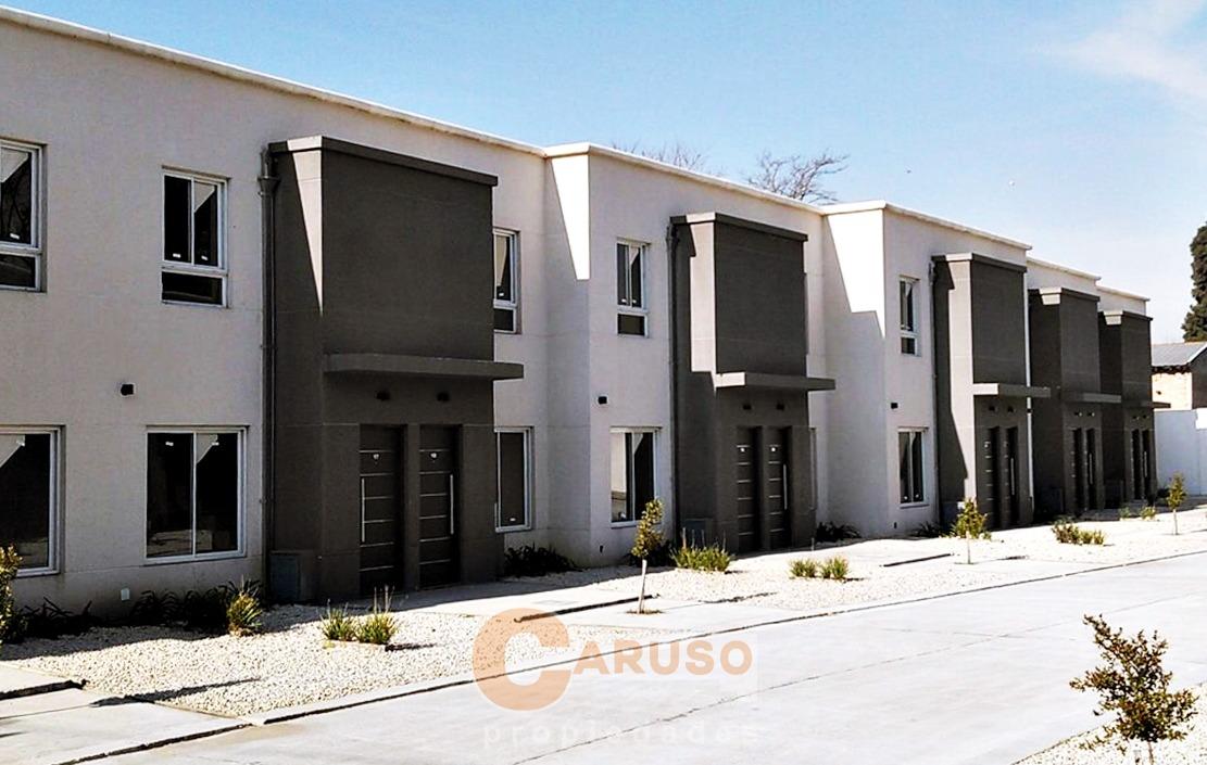 dúplex con 2 dormitorios frente a la universidad de moreno
