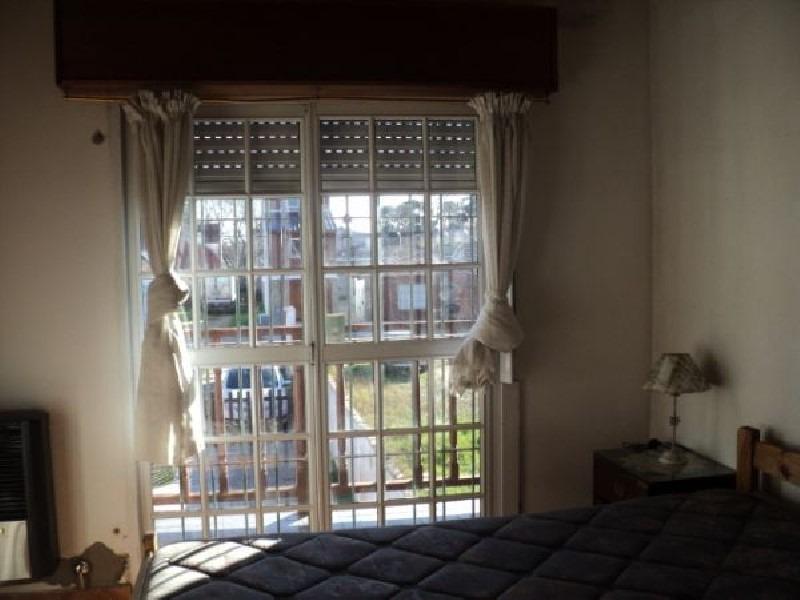 duplex con 3 dormitorios y estacionamiento