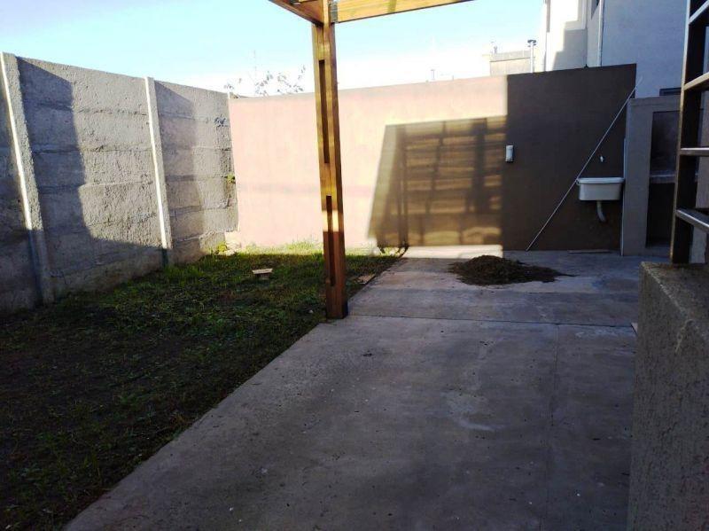 duplex con cochera 135 esq. 514