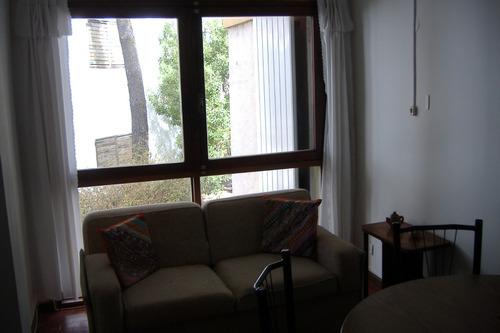 duplex con cochera cubierta