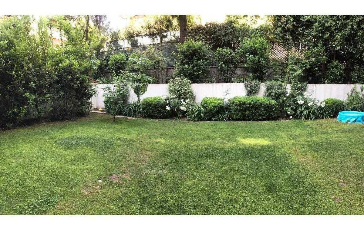 dúplex con gran jardín / luis carrera