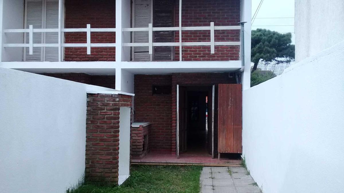 duplex con patio y  quincho