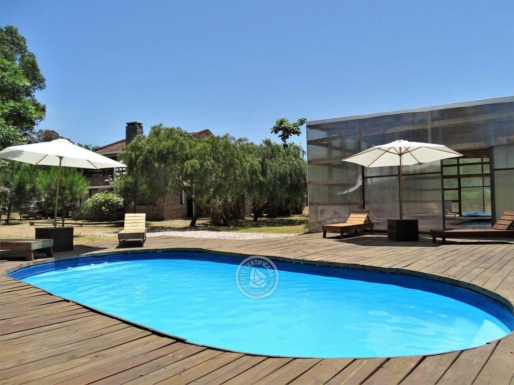 duplex con piscinas a una cuadra de la playa en punta colorada