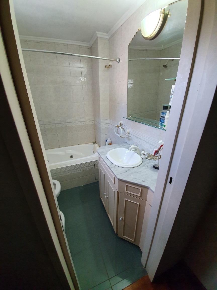 duplex de 154m2 3 dormitorios 3 baños garage para dos autos