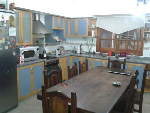 duplex  de 4 amb con cochera y patio
