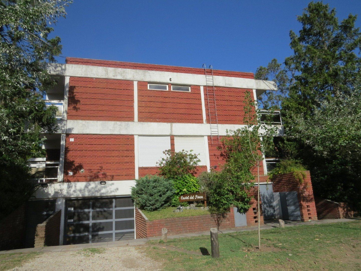 duplex en alquiler- zona duplex- 2 ambientes+jardin y cochera