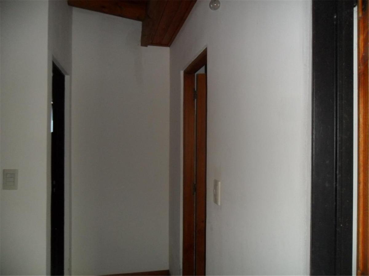 duplex en calle 1 bis entre 5 y 32 (cod. 960)