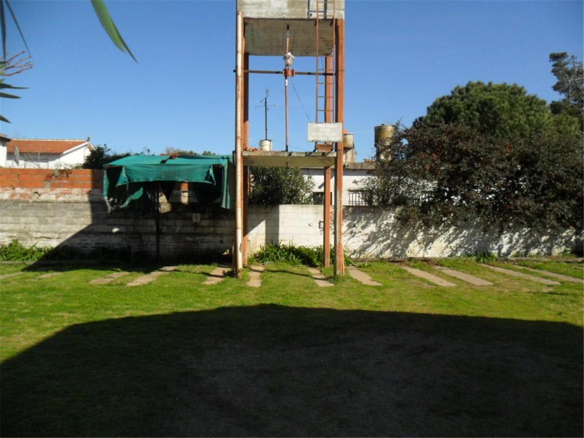 duplex en calle 20 e/ 72 y 73 (cod. 822)