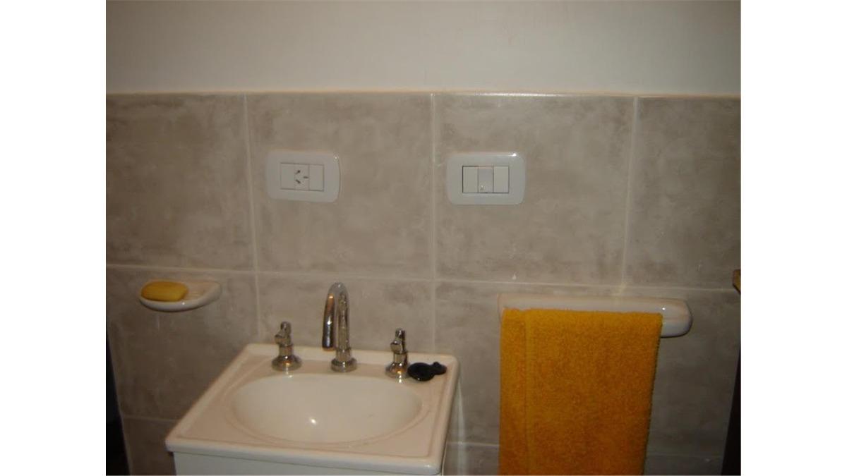 duplex en venta 2 dorm, 87 mts, 28 n°2937 e/501 y 502, u$d17