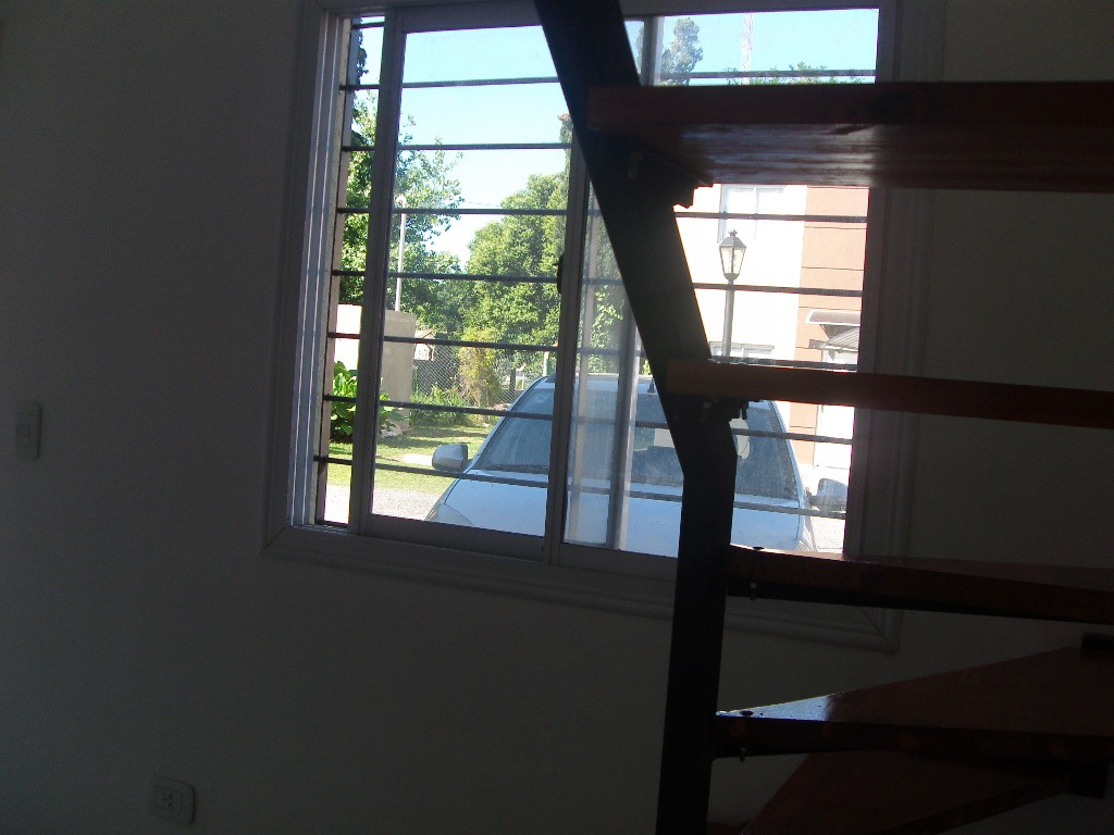 duplex en venta 3 amb fondo cochera cerca autopista cuotas