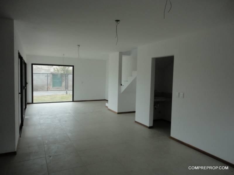 dúplex en venta 3 dormitorios quintas de arguello
