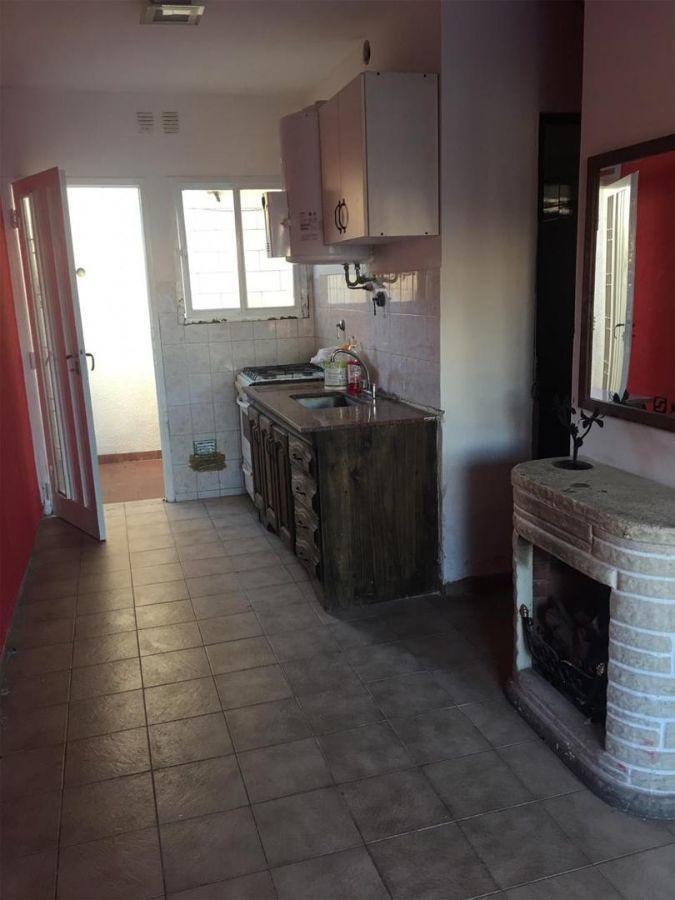 dúplex en venta de 1 dormitorios c/ cochera en villa luzuriaga