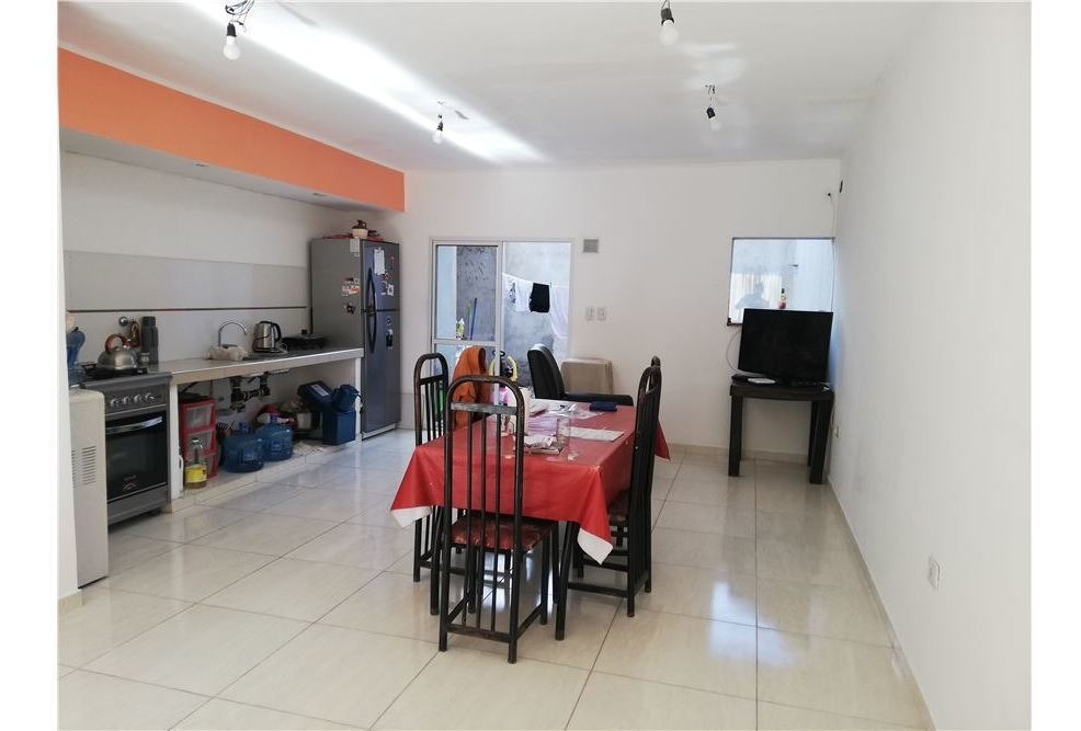 duplex en venta de dos dormitorios en la plata