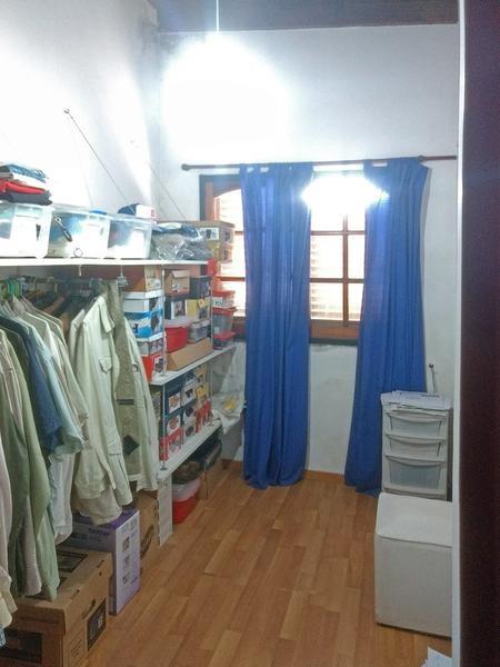 dúplex en venta en campana centro. 2 dormitorios. escritorio. cochera. patio