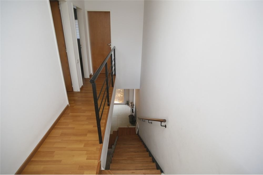 duplex en venta en city bell de dos dormitorios
