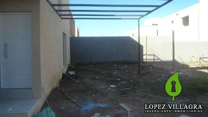 duplex en venta en complejo cerrado granja de arguello