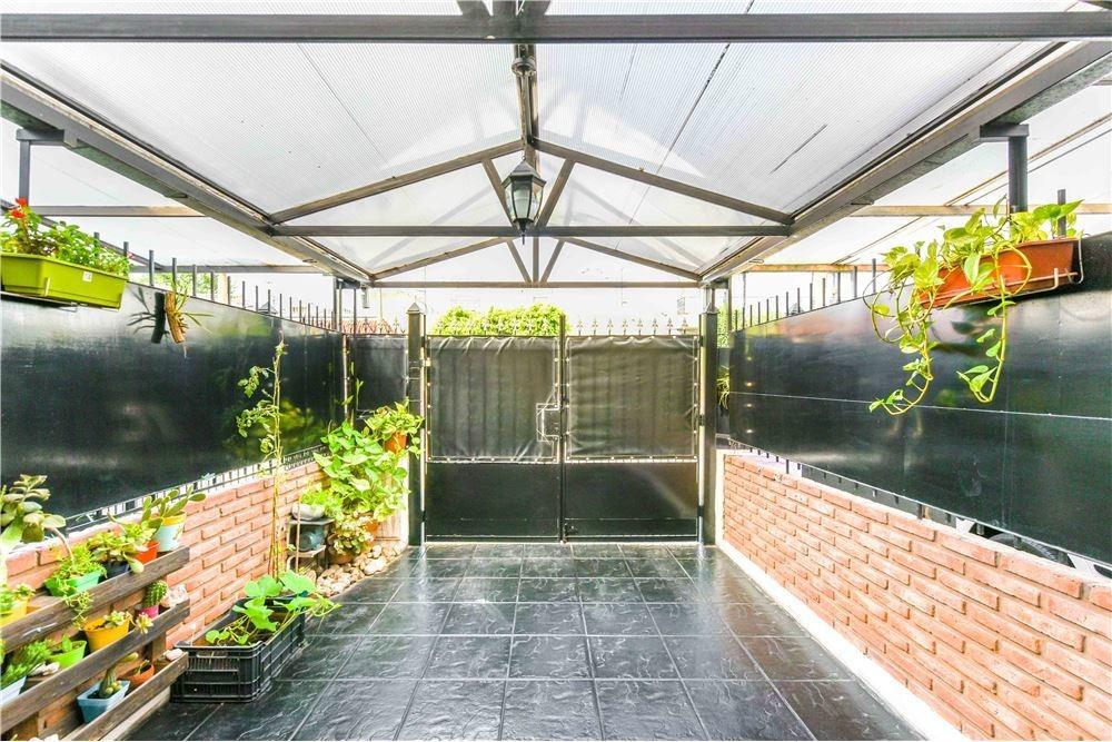 duplex en venta san justo 4 ambientes con garage