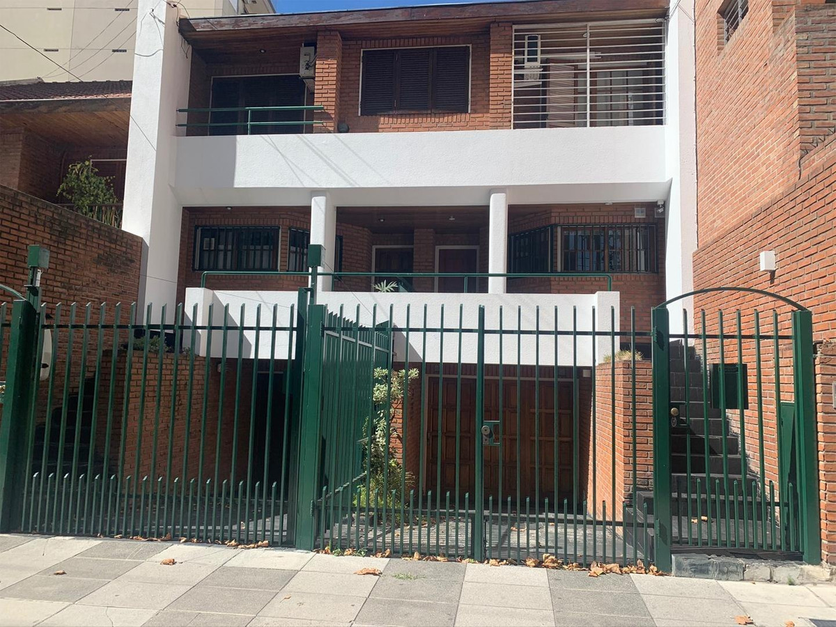 duplex en villa del parque 4de ambientes más dependencia