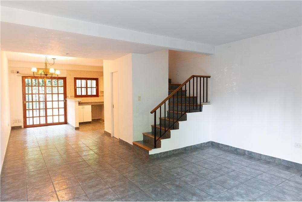 duplex en vta 4 amb. con cochera, patio y parrilla
