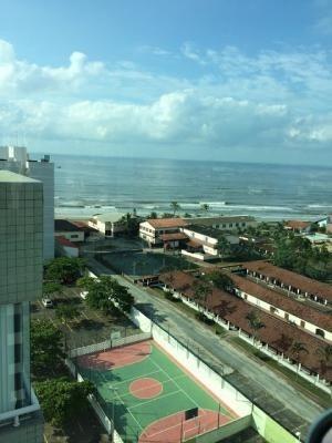 duplex no centro de itanhaém 150m do mar 5300