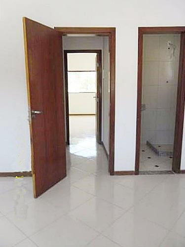 duplex nova com 3 suítes, bem localizada no bairro itaipú em