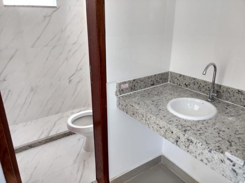 duplex para venda em são pedro da aldeia, poço fundo, 3 dormitórios, 2 suítes, 2 banheiros, 3 vagas - 405_1-928726