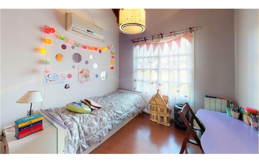 duplex tipo casa en venta en boedo 5 ambientes