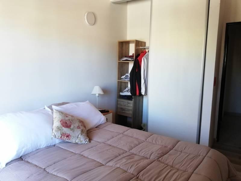 duplex venta 2 amb. con cochera zona hospital austral