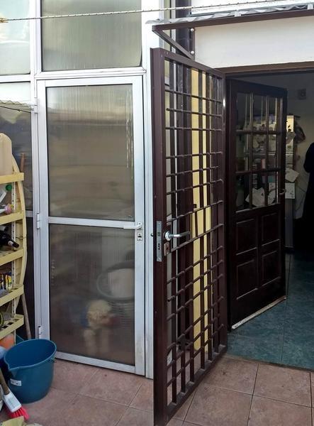 duplex venta en campana dos dormitorios cochera patio parrilla
