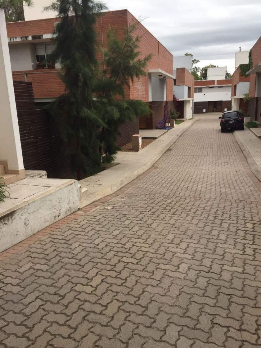 duplex venta housing seguridad zona norte