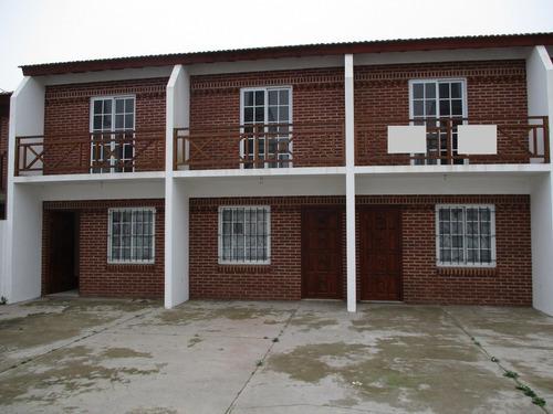 dúplexs a estrenar en zona residencial, 1 entre 85 y 86.