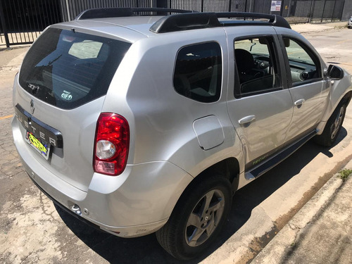 duster 2.0 techroad2 hi-flex 16v