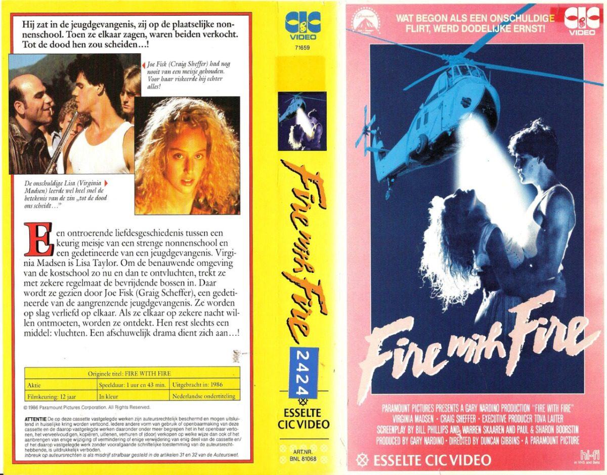 o filme brincando com fogo de 1986