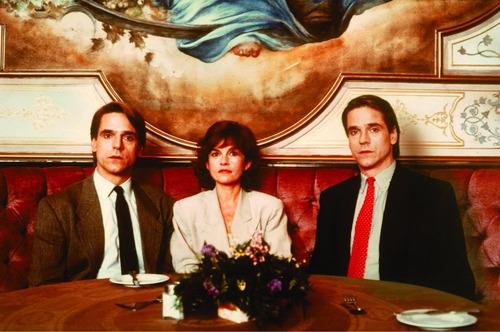 dvd gêmeos mórbida semelhança, de david cronenberg  1988  +