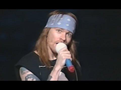 DVD / Mkv BlueRay  Live @ Saskatchewan Place, Saskatoon, Canada, 26-03-1993 Dvd-guns-and-roses-live-saskatoon-canada-1993-D_NQ_NP_837052-MLA27357535592_052018-F