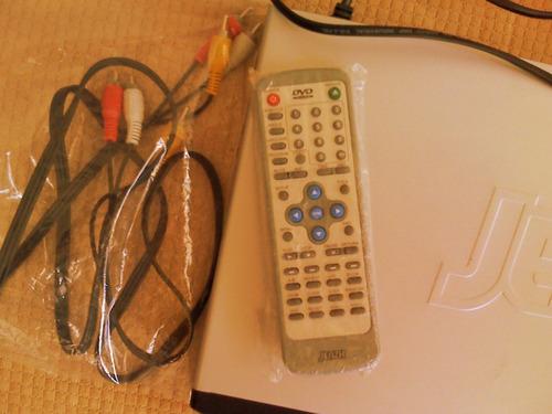 dvd jenzh con control  y karaoke en su caja para reparar