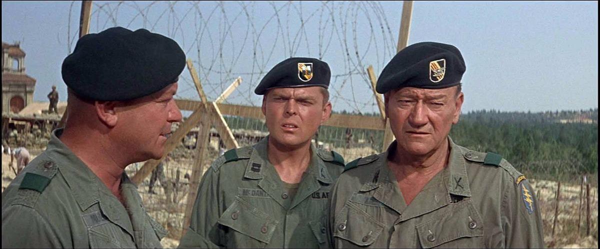 04eda63e9ea17 dvd os boinas verdes (1968) john wayne. Carregando zoom.