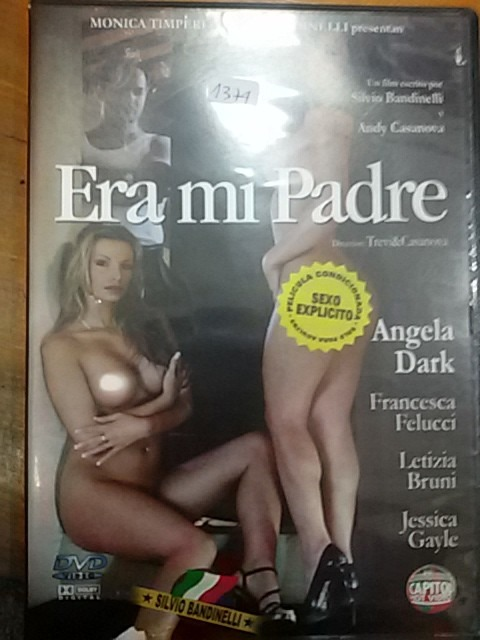 Caldo femminile adolescenza nudo