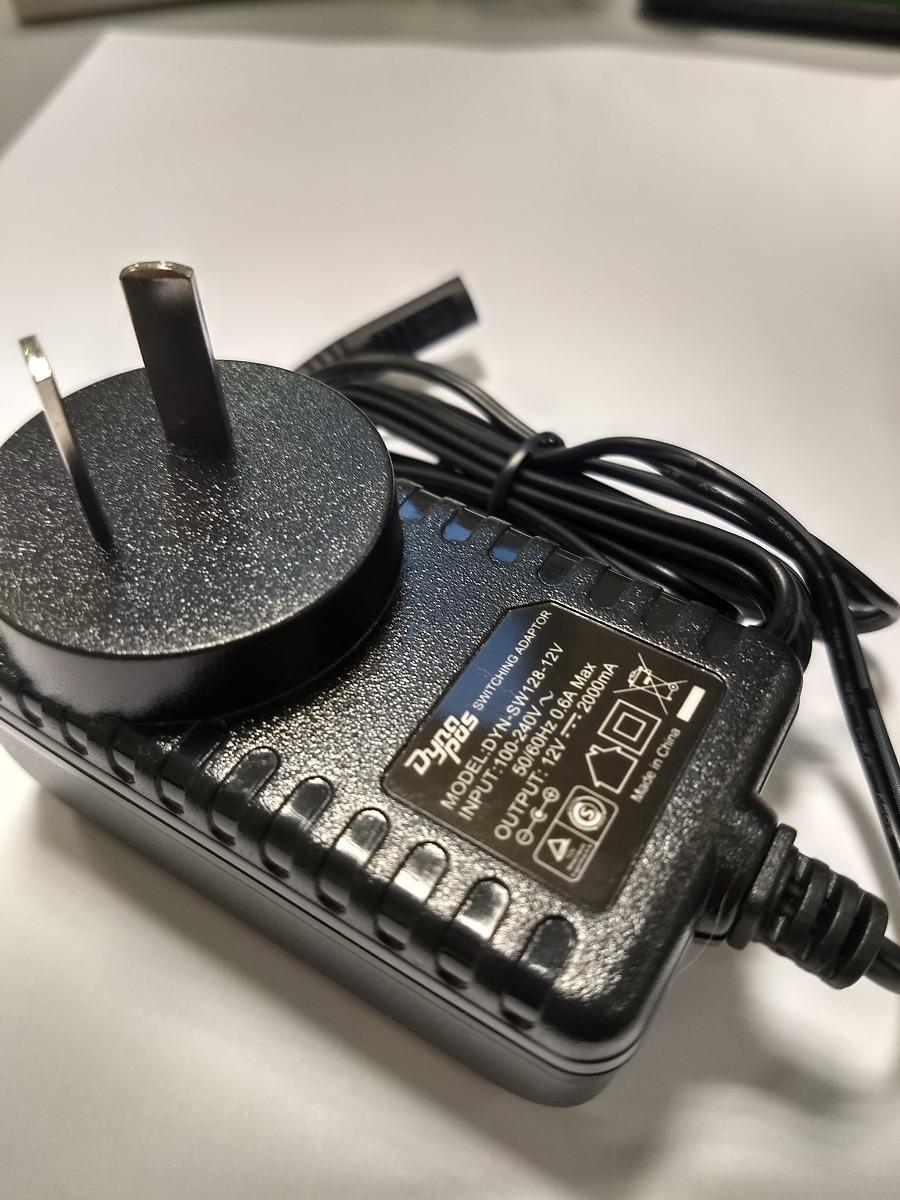 Dynapos Fuente Switching 12v 2a 2000ma Conectores Interc 25523 Adaptor Cargando Zoom
