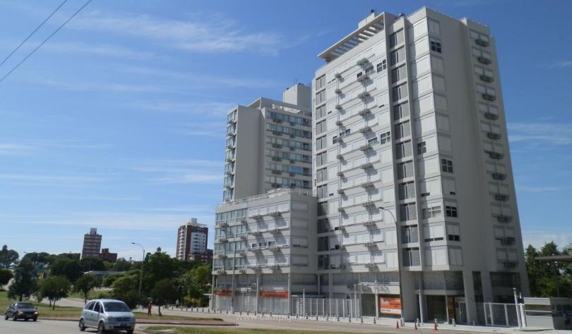 e tower avenue #601- con renta -campiglia