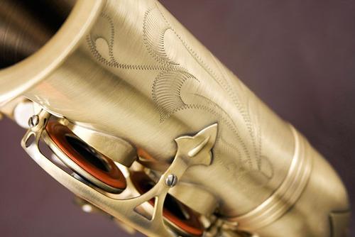 eagle sa500vg saxofone alto acab. envelhecido - frete grátis