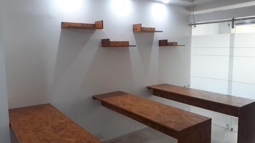 ebanista,carpintero,pintor diseñador interiores ,artista