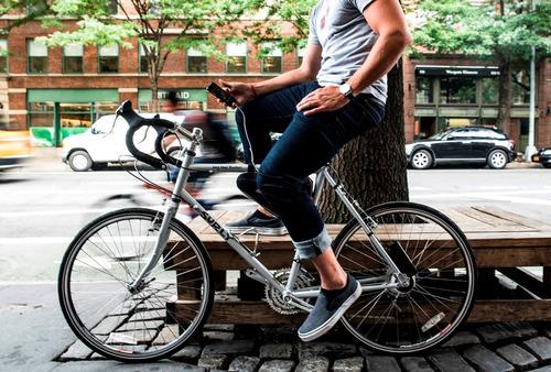 eco cargador dispositivos usb como smartphone con bicicleta!