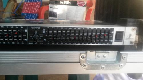 ecualizador behringer fbq1502 ultragraph pro