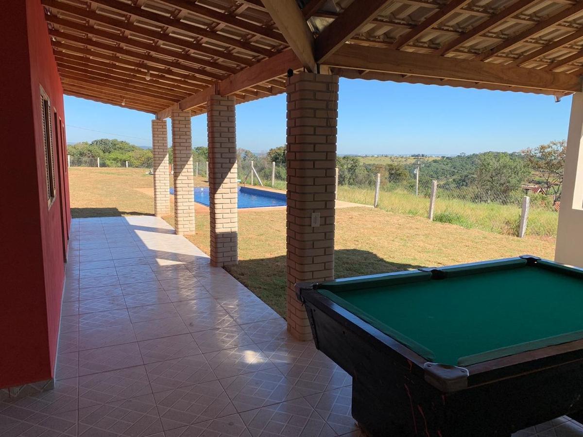 edicula com 02 dormitórios, terreno com área de 1.000 m² !!