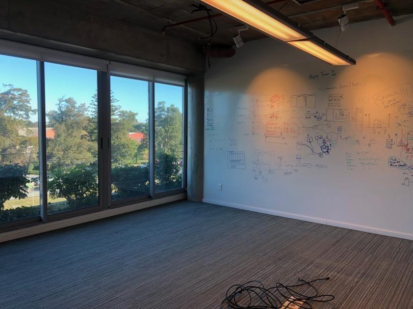 edif. art carrasco - oportunidad - oficina en alquiler!!!