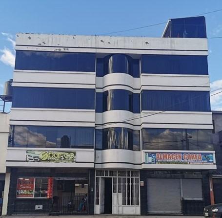 edificio 5 pisos nuevo con locales comerciales y departament