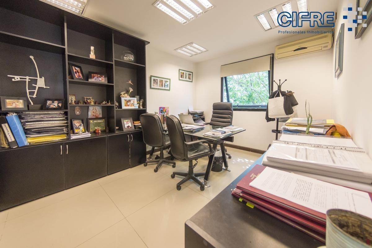 edificio a nuevo  en venta  2 plantas destinado a oficinas y deposito en lote propio