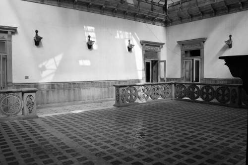 edificio colonial en corredor constitución