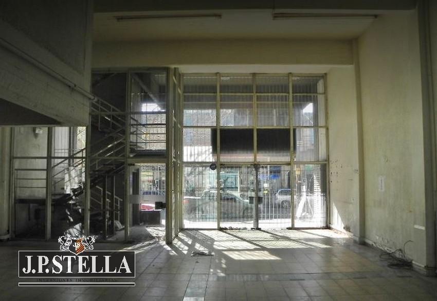 edificio comercial / administrativo local y 3 pisos de oficinas - s.justo (ctro)